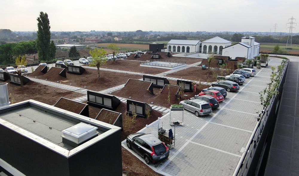 calzaturificio-a-fosso-parcheggio-sul-tetto
