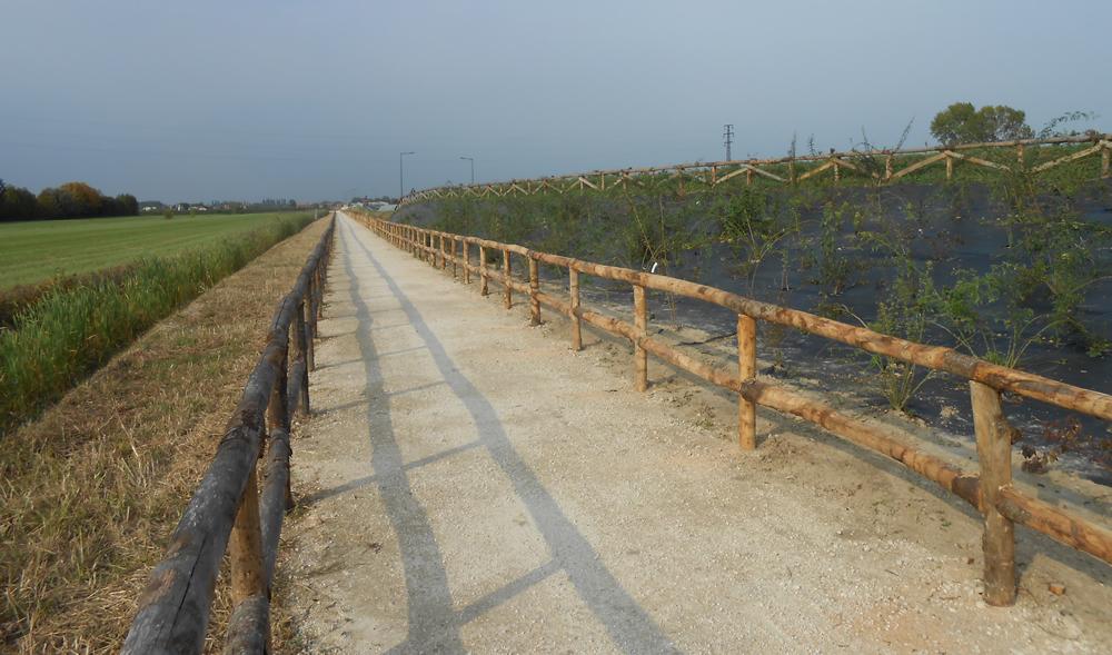 Infrastruttura per percorso naturalistico realizzata da Il Germoglio