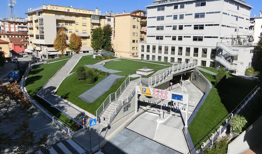 Veduta area di parcheggio interrato a Mestre