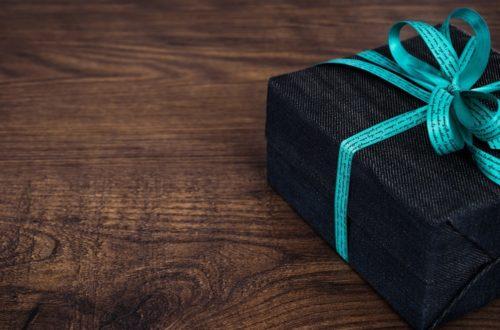 Come confezionare un regalo: i consigli della nostra esperta!thumb