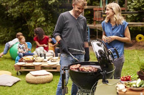 Cucinare con il barbecue è facile con gli accessori! thumb