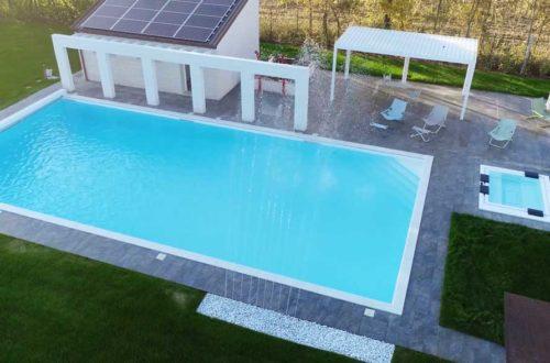Giardino con piscina – Pianiga (VE) thumb